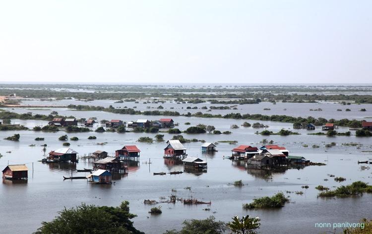 หมู่บ้านกลางน้ำ